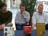 Miquel Torres, Vicent Pallarés i Josep Usó, a la taula de signatures de la la XXX Fira del Llibre de Castelló